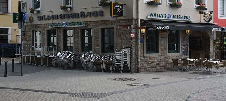 Wally's Irish Pub