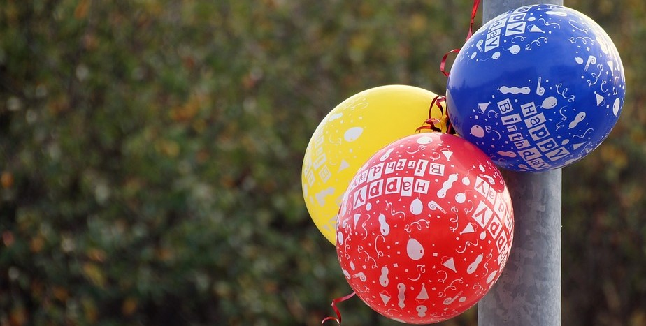geburtstag-22-luftballons