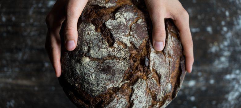 Brot-und-Salz-Gott-erhalts-Sprüche-zum-Einzug