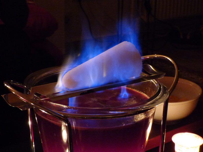 Zuckerzange für Feuerzangenbowle selber machen