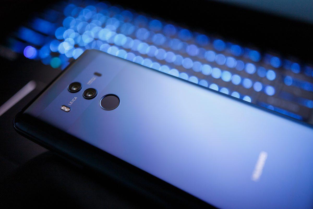 Blaues Licht vom Handy